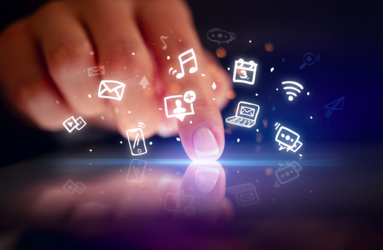 digital activities as a concept of hybrid apps vs native apps