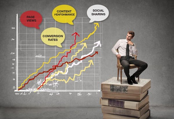 Marketing metrics vectorial image of a man sitting on a retro chair, on a pile of old books, with a graphic of marketing metrics in the background, as a concept of website optimization techniques