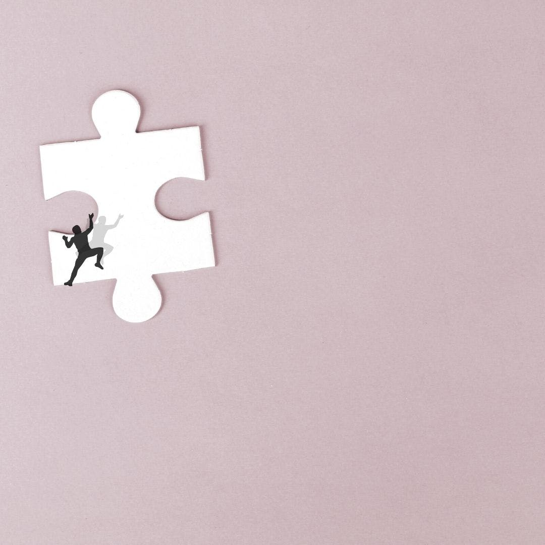 vectorial image containing a puzzle piece, as a concept of building a website that is fast and scalable